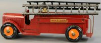Structo Tin-Fire-Truck Hook and ladder truck, pressed...