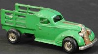 Arcade Cast-Iron trucks Pontiac stake truck, made of cast...
