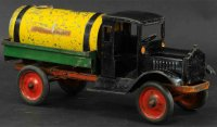 Keystone Tin-Trucks Packard sprinkler tank truck, scarce...